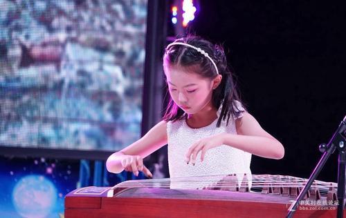 """玺筝乐器举办""""春之序""""古筝鉴赏会,旨在传播琴筝文化"""