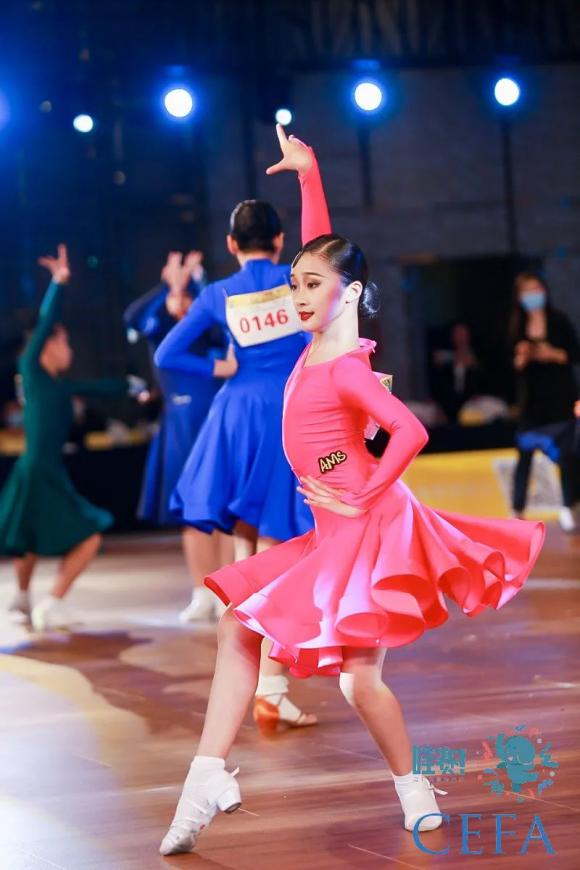 CEFA国标舞艺术展演首度登陆杭州